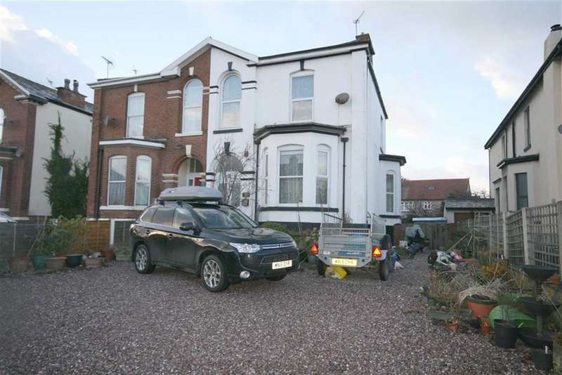 7 Bedrooms Semi Detached House for sale in Talbot Street, Southport