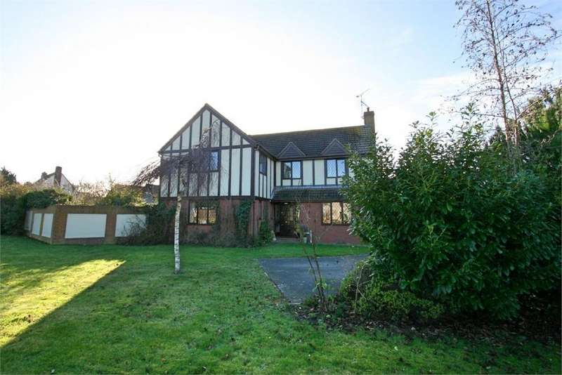 5 Bedrooms Detached House for sale in Thatchers Croft, Latchingdon, Chelmsford, Essex
