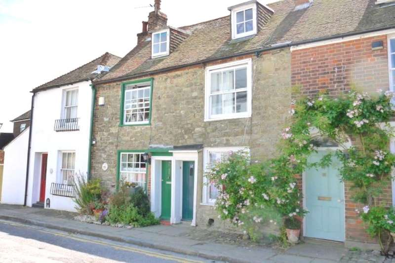 2 Bedrooms Terraced House for sale in The Bayle, Folkestone, CT20