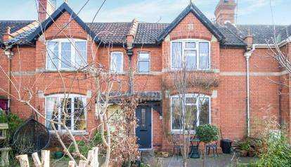 3 Bedrooms Terraced House for sale in Wells, Somerset, England