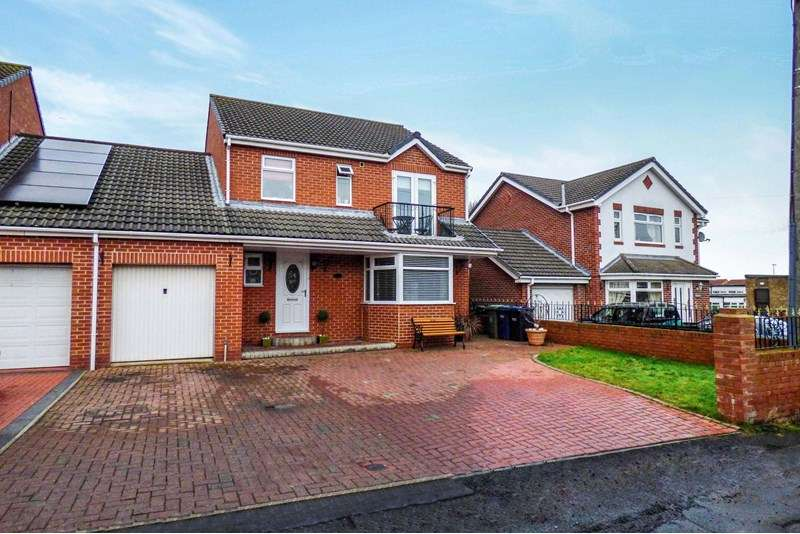 4 Bedrooms Property for sale in Caledonia, Blaydon-on-Tyne, Tyne And Wear, NE21 6AX