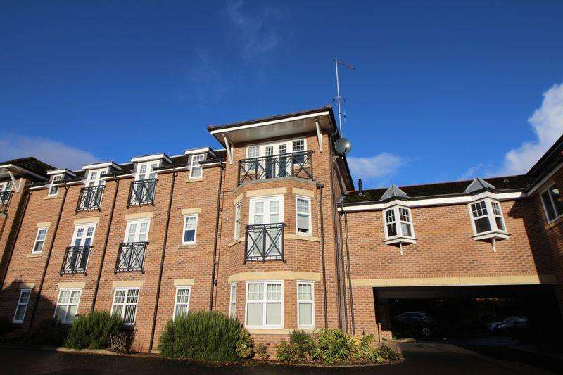 2 Bedrooms Apartment Flat for sale in Plymyard Court, Bromborough