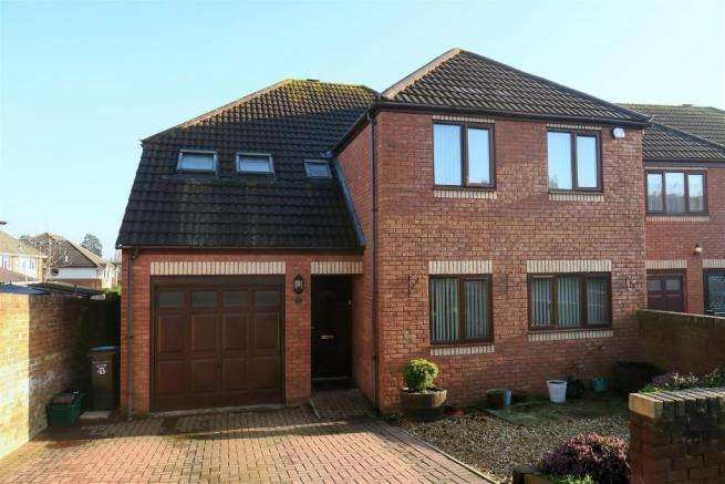 4 Bedrooms Detached House for sale in Wilton Vale, Vivary Road, Taunton TA1