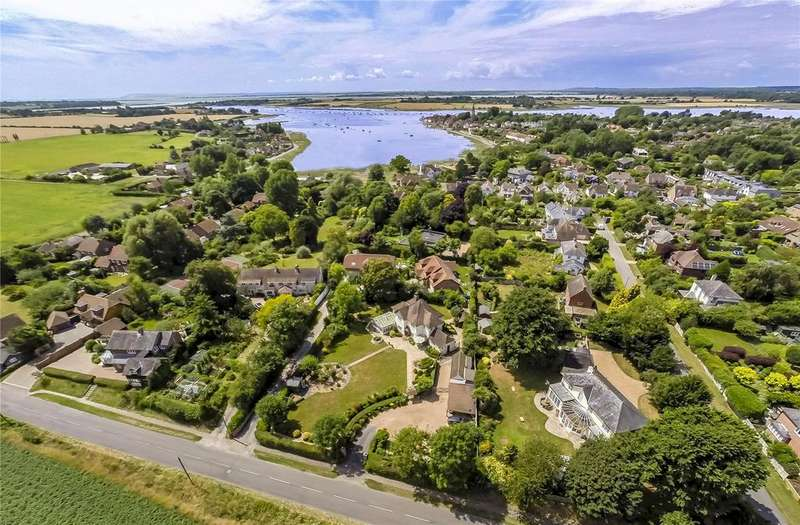 5 Bedrooms Detached House for sale in Taylors Lane, Bosham, Chichester