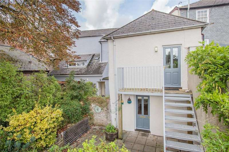 2 Bedrooms Link Detached House for sale in Somerset Place, Totnes, TQ9