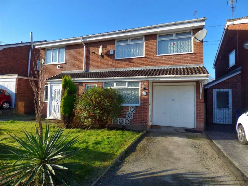 4 Bedrooms Semi Detached House for sale in The Fairway, New Moston, Manchester, M40