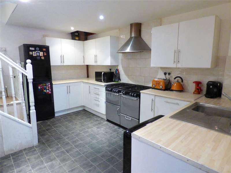 2 Bedrooms Terraced House for sale in Manchester Road, Mossley, Ashton-under-lyne, Lancashire, OL5