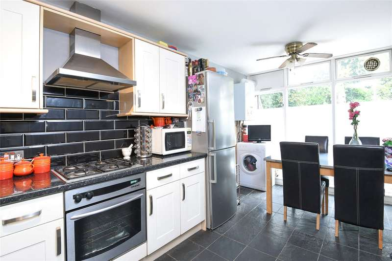 2 Bedrooms Flat for sale in Finchley Park, Finchley