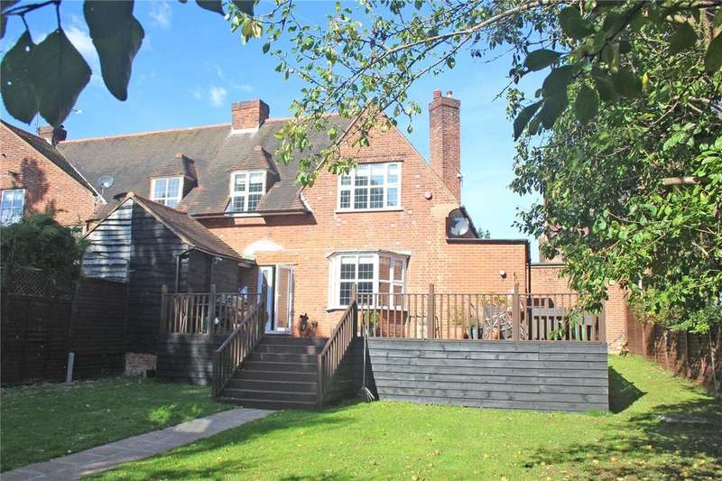 3 Bedrooms End Of Terrace House for sale in The Orchard, Welwyn Garden City, Hertfordshire