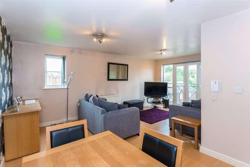 2 Bedrooms Flat for sale in Yukon Road, Broxbourne, Hertfordshire