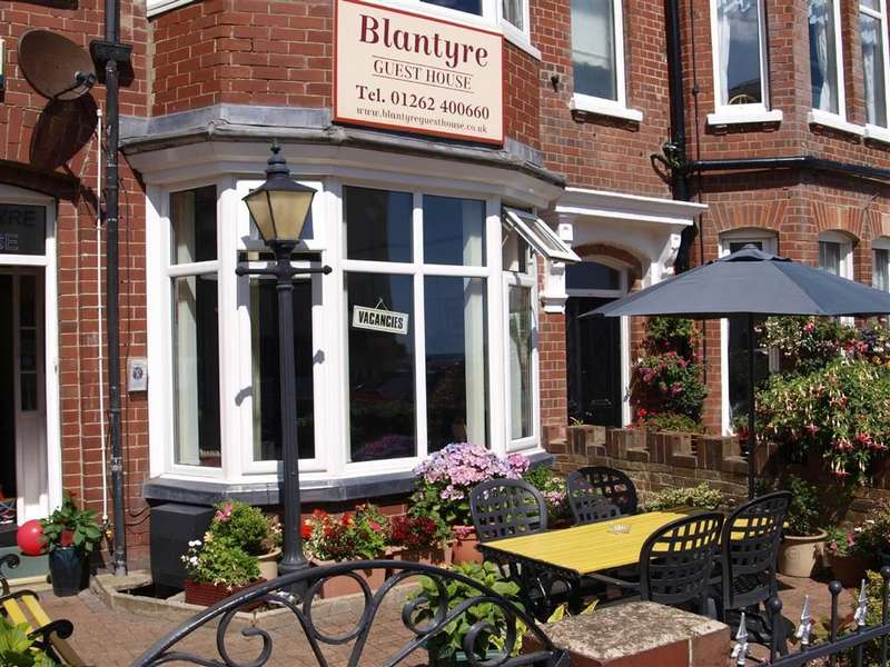 8 Bedrooms Commercial Property for sale in Pembrook Terrace, Bridlington, East Yorkshire