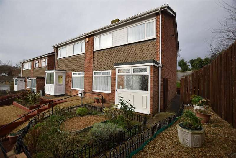 3 Bedrooms Semi Detached House for sale in Freshwater Avenue, Hastings