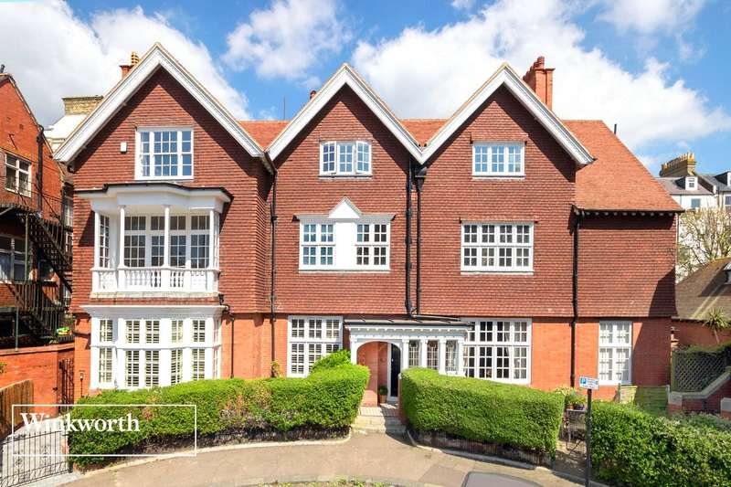 4 Bedrooms Flat for sale in Grand Avenue, Hove, East Sussex, BN3