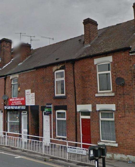 3 Bedrooms Terraced House for rent in Owler Lane, Sheffield S4 8GD