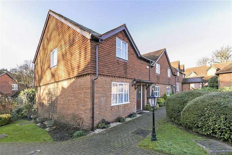 3 Bedrooms End Of Terrace House for sale in Lakeside, Ewell, Surrey