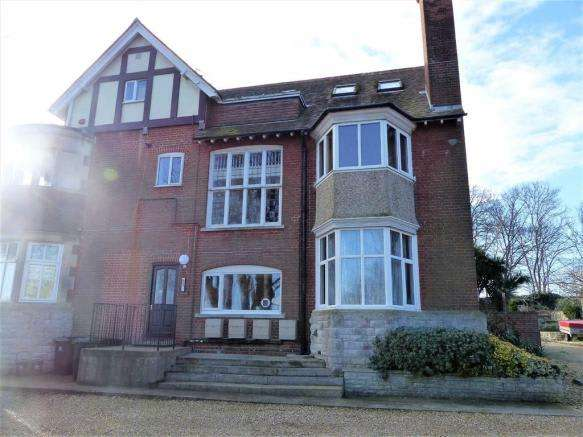 1 Bedroom Property for sale in Lydwell Close, Weymouth, Dorset