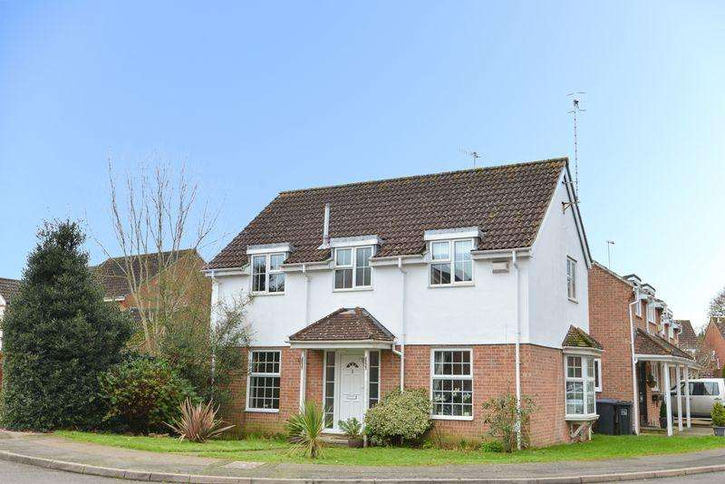 4 Bedrooms Detached House for sale in Cypress Avenue, Worthing
