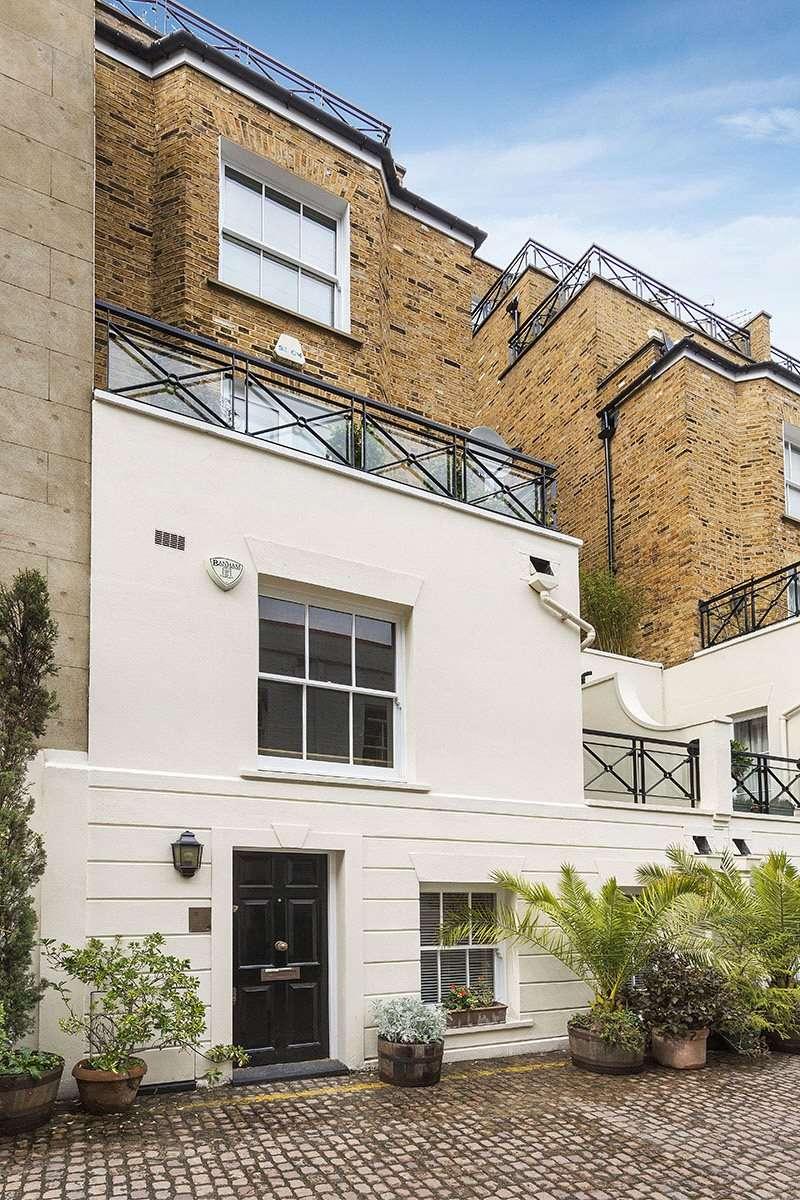 1 Bedroom Maisonette Flat for sale in Stanhope Mews South, South Kensington, London, SW7