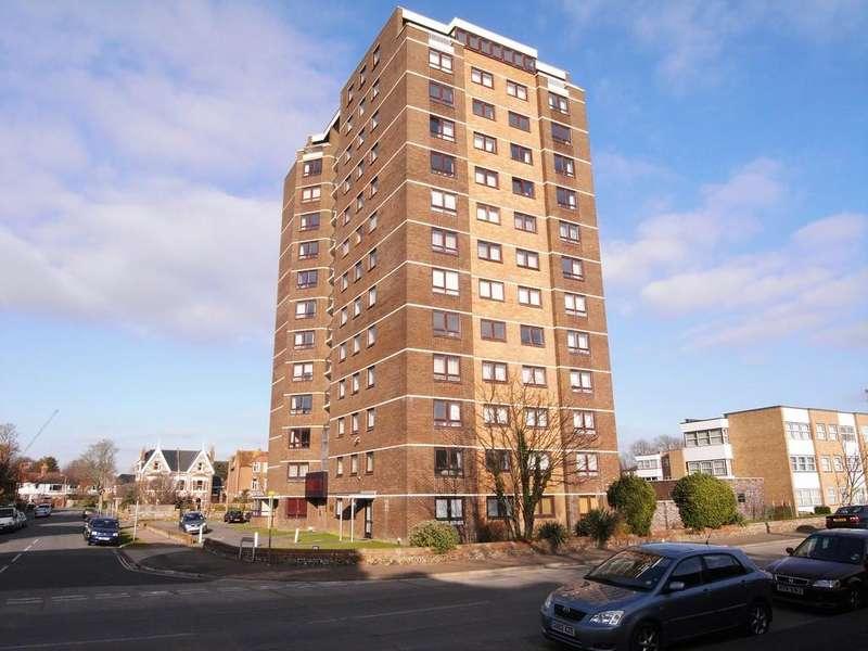 2 Bedrooms Flat for sale in South Terrace, Littlehampton
