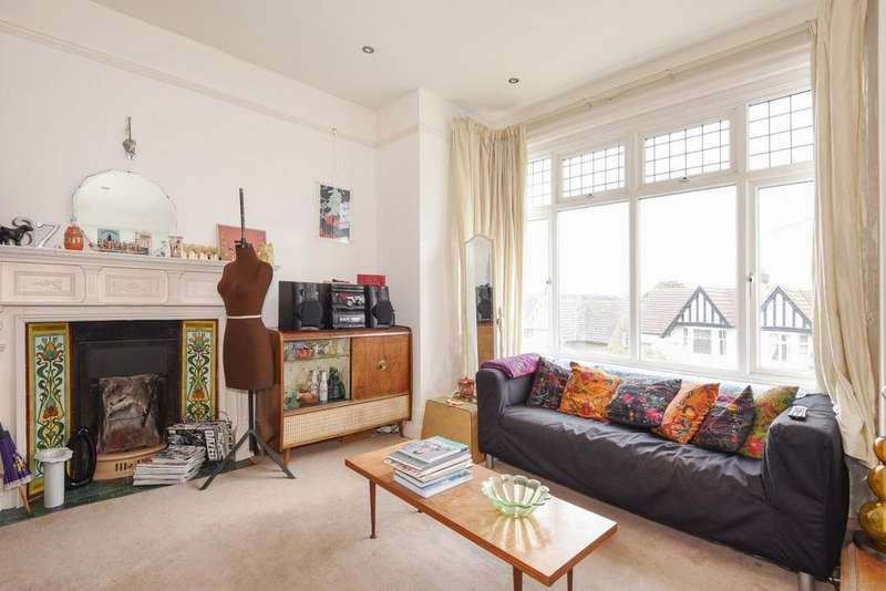 1 Bedroom Flat for sale in Canterbury Grove, West Norwood