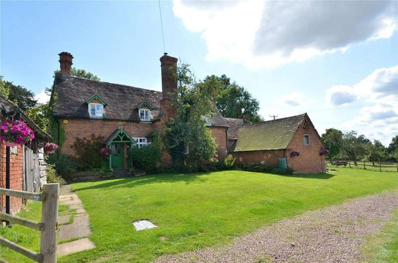 3 Bedrooms Detached House for sale in Hanbury, Bromsgrove, Worcestershire