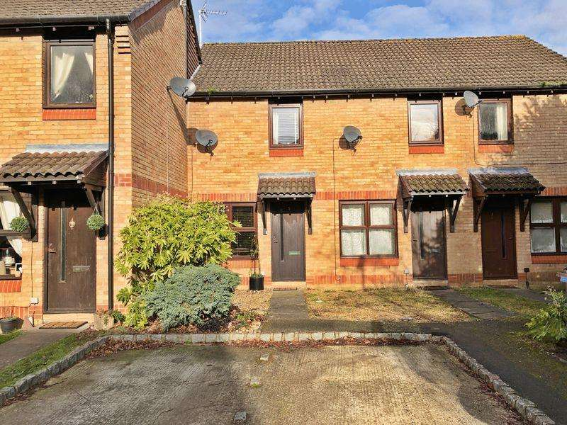 2 Bedrooms Terraced House for sale in Hedgerley Court, Woking