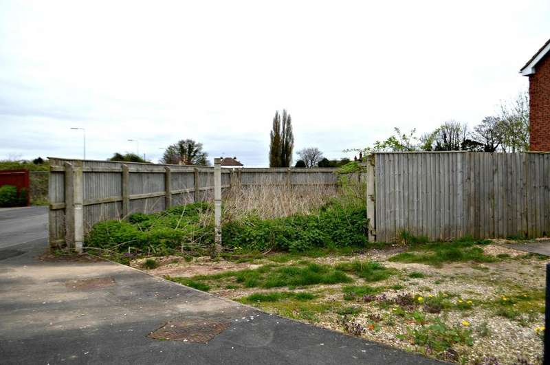 Land Commercial for sale in Poplar Crescent, Althorpe, North Lincolnshire, DN17