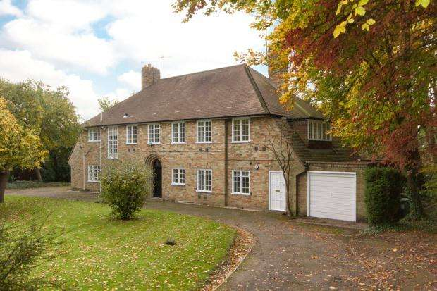 2 Bedrooms Apartment Flat for rent in Gilling House, 51 Madingley Road, Cambridge