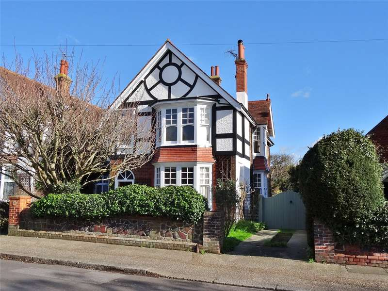 4 Bedrooms Detached House for sale in Grove Road, Worthing, West Sussex, BN14