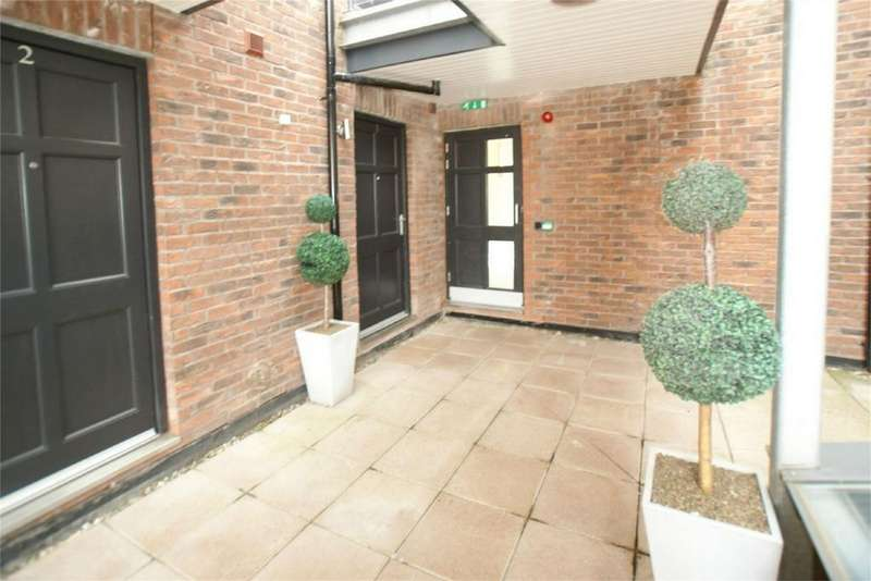 2 Bedrooms Flat for rent in Bootham, York