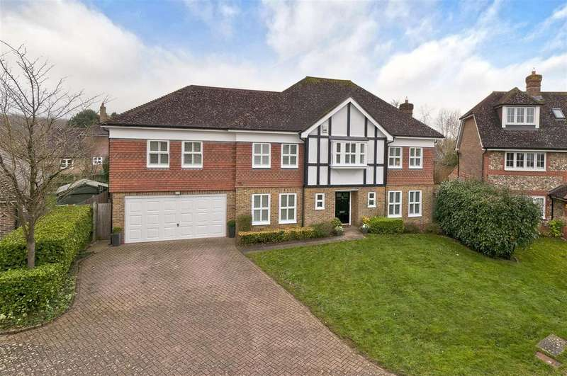5 Bedrooms Detached House for sale in Rubin Place, Kings Hill