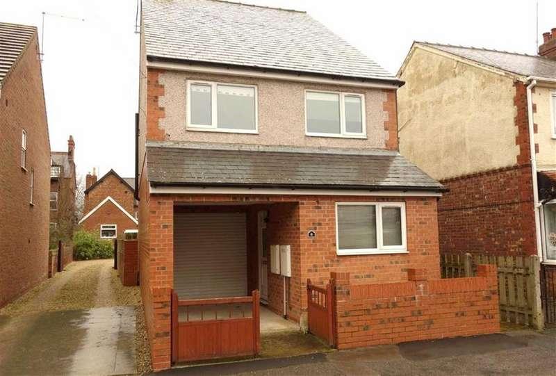 3 Bedrooms Detached House for sale in Ashbourne Avenue, Bridlington, East Yorkshire