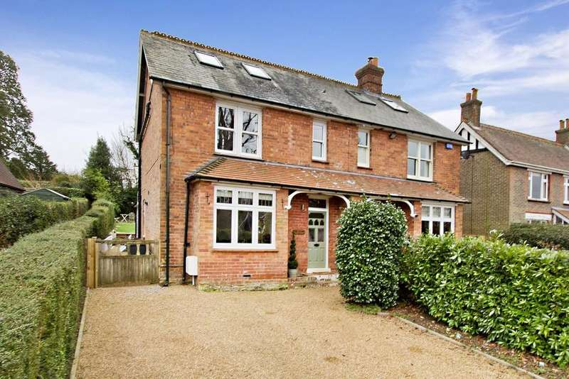 3 Bedrooms Semi Detached House for sale in Ghyll Road, Crowborough