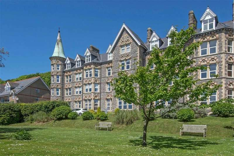 3 Bedrooms Apartment Flat for sale in Langland Bay Manor, Langland, Swansea
