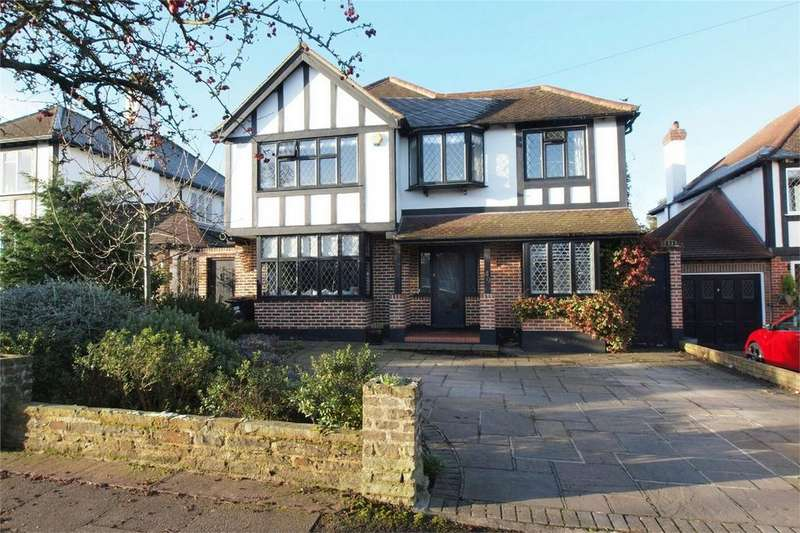 4 Bedrooms Detached House for sale in Kingswood Avenue, Bromley, Kent