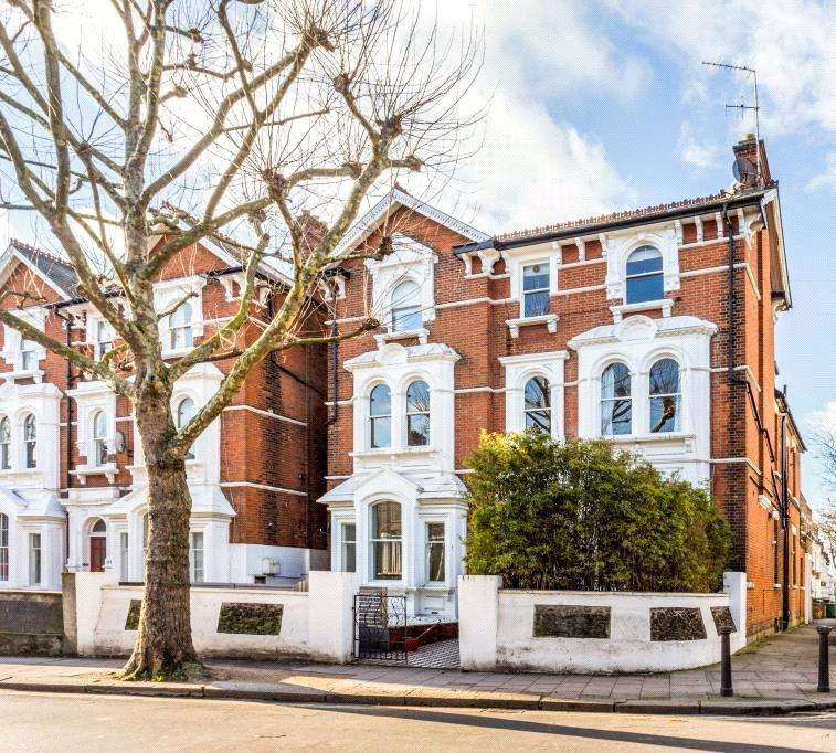 2 Bedrooms Flat for sale in West End Lane, West Hampstead, London, NW6