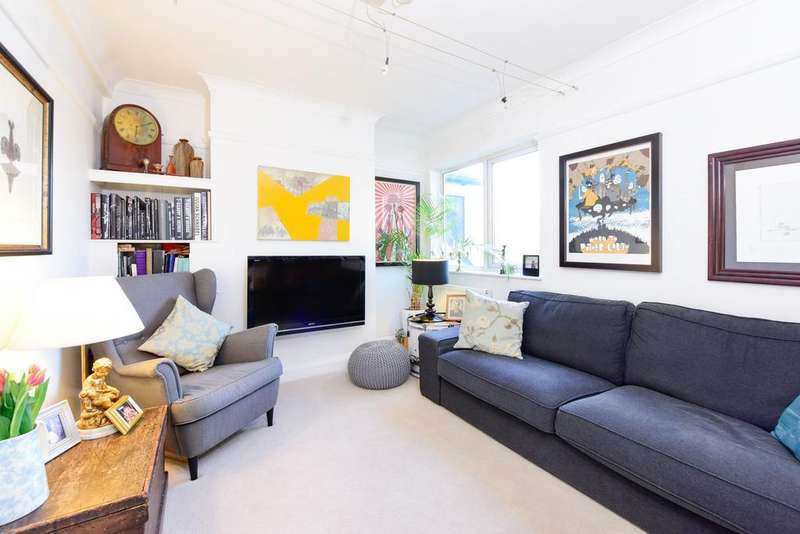 2 Bedrooms Apartment Flat for sale in Queens Road, Weybridge KT13