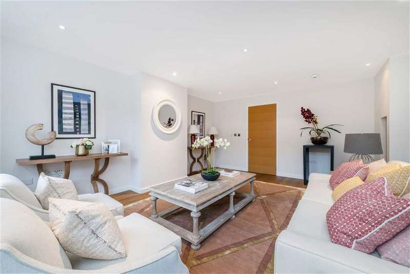 5 Bedrooms Town House for sale in Rosenau Road, Battersea, SW11