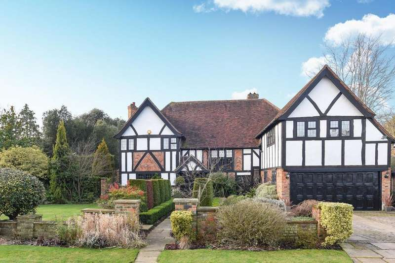 6 Bedrooms Detached House for sale in Camden Close, Chislehurst