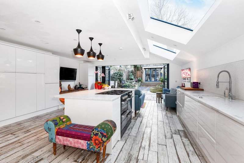 5 Bedrooms Terraced House for sale in Mayfield Road, Crouch End