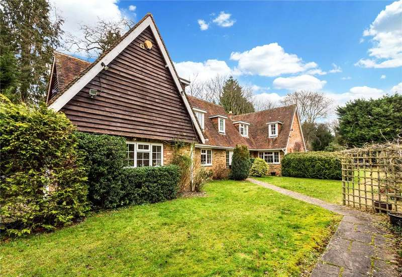5 Bedrooms Detached House for sale in Framewood Road, Wexham, SL2