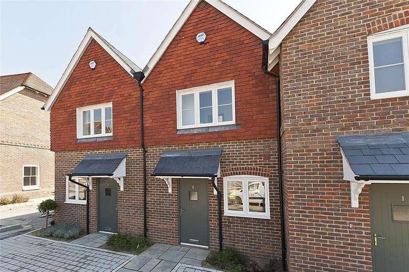 2 Bedrooms Terraced House for rent in Holmes Field Court, Main Road, Bentley, Farnham, GU10