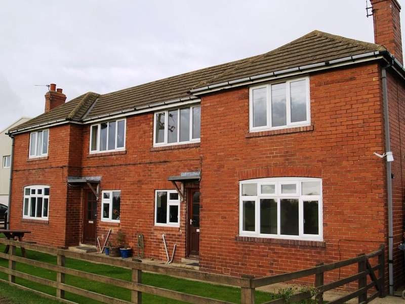2 Bedrooms Semi Detached House for rent in 2 North Milford Farm Cottage, North Milford LS24 9DG