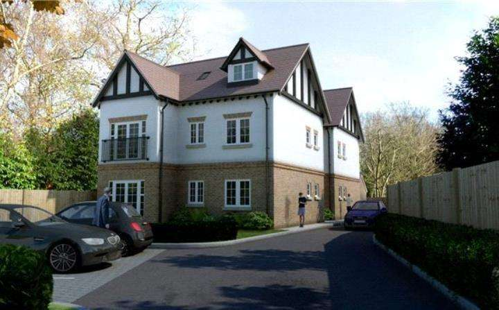 2 Bedrooms Penthouse Flat for rent in Station Court, The Avenue, Amersham, Buckinghamshire, HP7