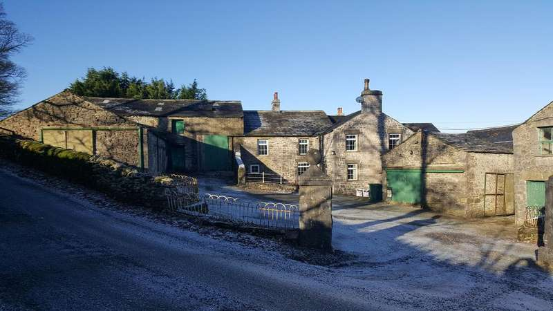 3 Bedrooms Farm House Character Property for sale in Cowside Farm, Cowside, Langcliffe, Settle BD24