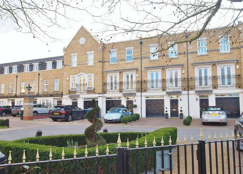 4 Bedrooms Town House for sale in St Martins Lane, Langley Park, Beckenham