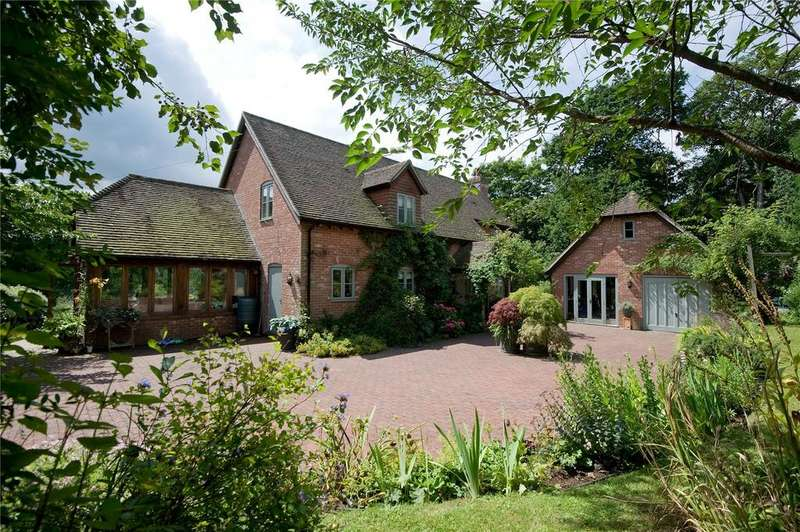 4 Bedrooms Detached House for sale in Tottingworth Park, Broad Oak, Nr Heathfield, East Sussex