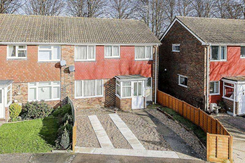 3 Bedrooms Semi Detached House for sale in Rustington