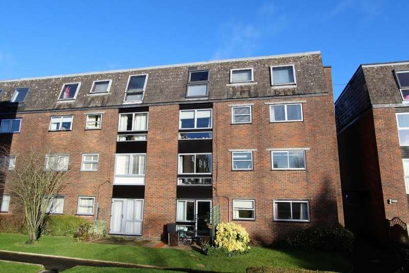 2 Bedrooms Apartment Flat for sale in Swan Street, Petersfield