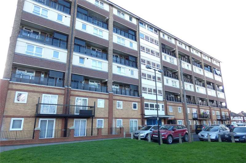 3 Bedrooms Apartment Flat for sale in Hereford House, Cameron Close, London, N18